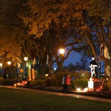 Décorations d'Halloween au jardin Jeanne-d'Arc